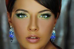 איפור: קרן שולמן עיצוב שיער: ענת אבן צילום: ליאור לייבוביץ