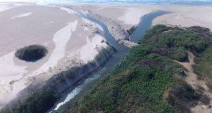 פולג נשפך לים (צילום: רוני שניידר)