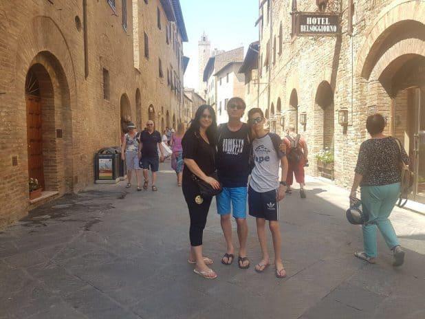 משפחת שר באיטליה