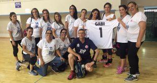 """הופעת בכורה. נבחרת הנשים בכדורשת של שלומי (צילום: מתנ""""ס שלומי)"""