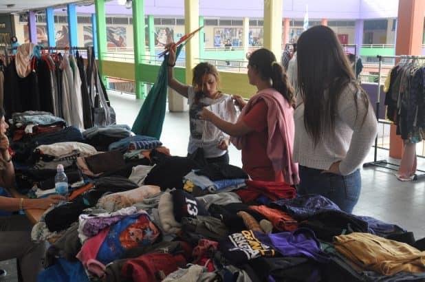 בגדים במצב מצוין (צילום: דוברות העירייה)
