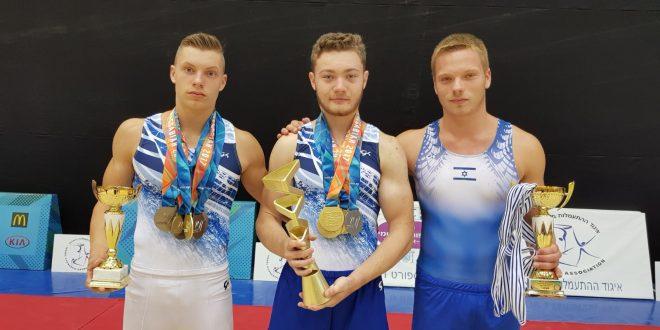 כבשו את פודיום המנצחים. גולידוב, פיאטוב וקוסקוב (צילומים: באדיבות מיכאל סלובודוב)