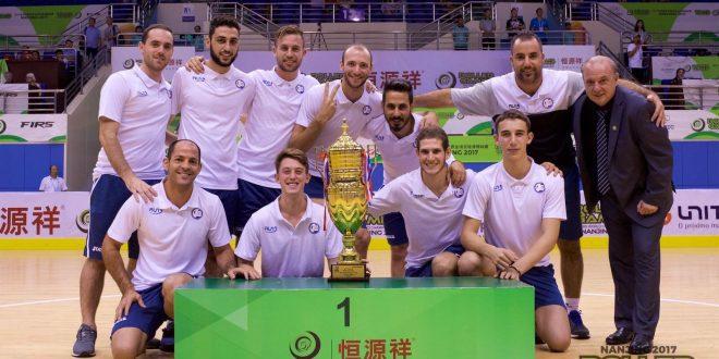 שמחה גדולה בסין, מיד אחרי הזכייה. נבחרת ישראל (צילום: עצמי)