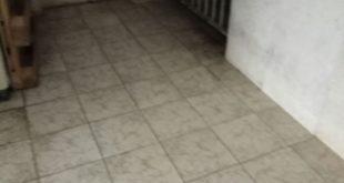 חדר המדרגות המזוהם (צילום: עצמי)