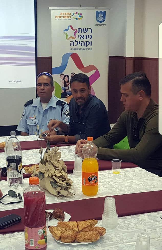 """מפכ""""ל משטרה לטביה במתנ""""ס נורדאו (צילום: עצמי)"""