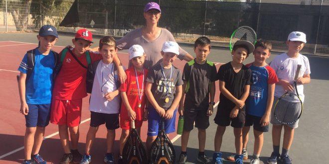 הילדים וטל גרין (צילום: מועדון הטניס)