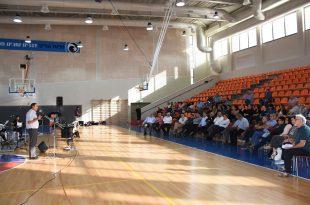 מהאירוע באולם הספורט (צילום: אבי ברומברג)