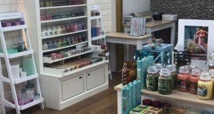 החנות בנתניה (צילום: ליאור טאו)