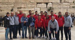 השחקנים היהודים בכותל המערבי