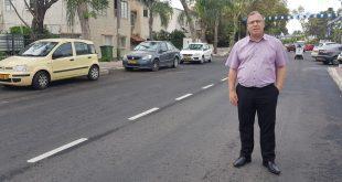 אלי דוקורסקי חנוך את רחוב ויצמן. צילום: דוברות העירייה