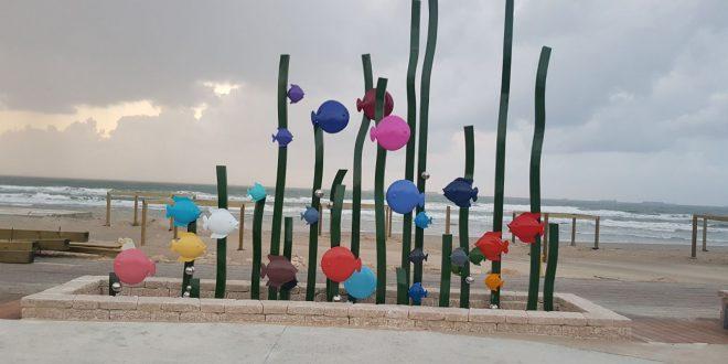 אומנות בחוף הים. צילום: דוברות העירייה