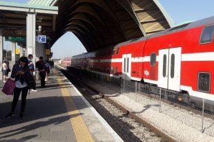 רכבת כרמיאל יוצאת מתחנת האוניברסטיה צילום עינב הדרי
