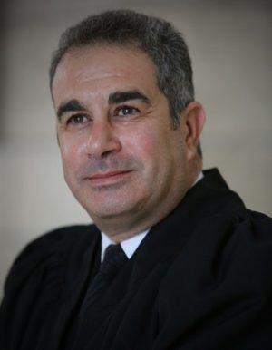 שמואל ברזני, עוד - צילום פרטי