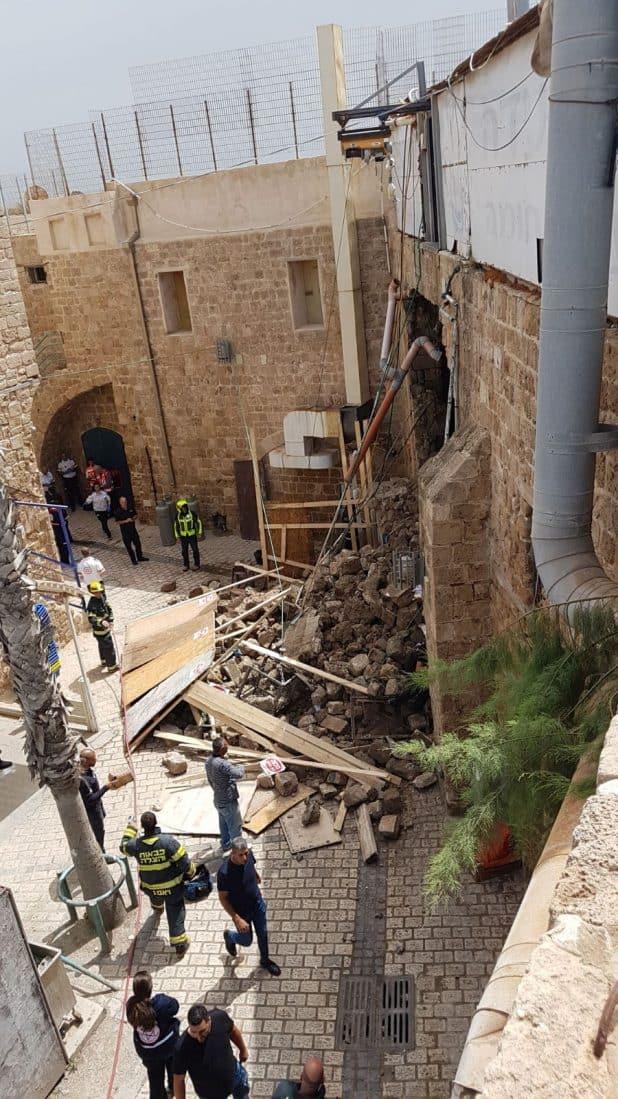 החומה שקרסה. (צילום; דוברות המשטרה)