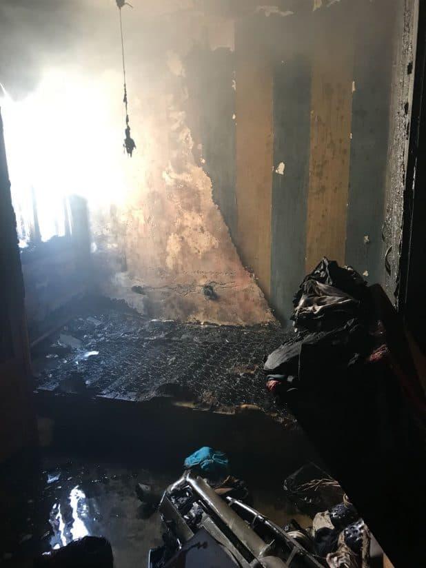 יש להימנע מהטענת אופניים חשמליים בדירות. השריפה ברחוב אחד העם צילום: כיבוי אש מחוז חוף