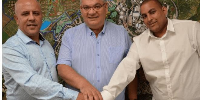 דורון אלחרר ואבי מהרי עם ראש העיר ברדה (צילום עצמי)