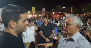 זקי לוי נפגש עם צעירי העיר (צילום עצמי)