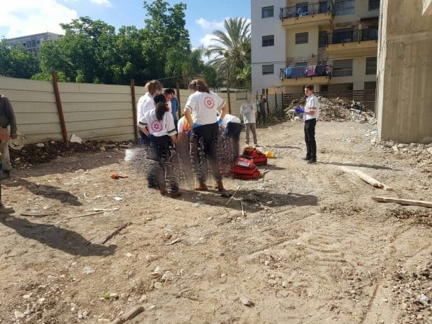 תאונת עבודה קטלנית באתר הבנייה. צילום: אלון קוצי, תיעוד מבצעי