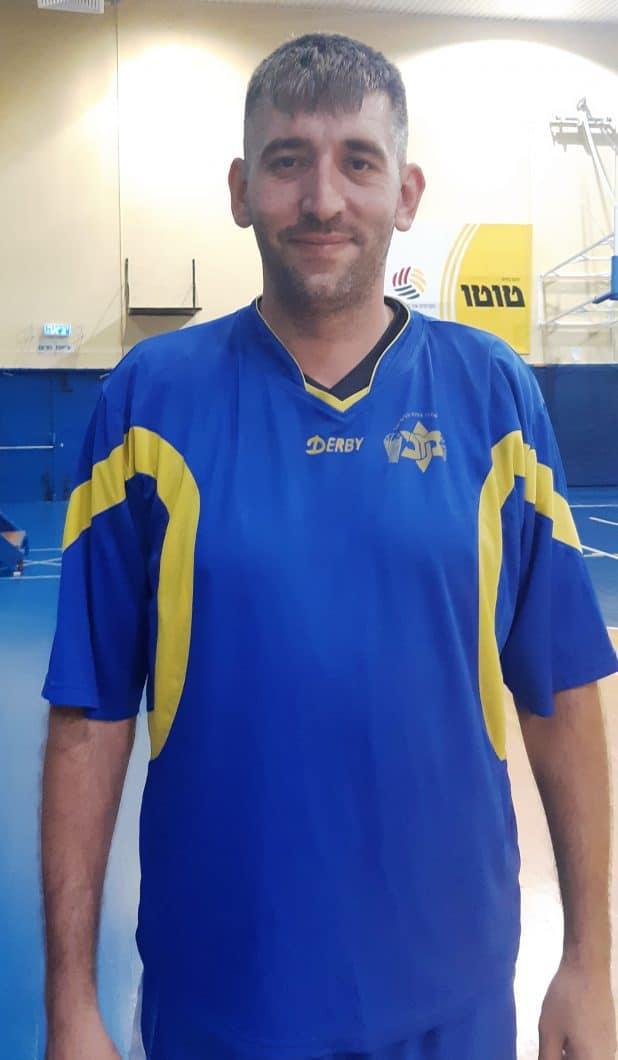 בא לכרמיאל בחור חדש. המאמן-שחקן ג'ורג' אוסדצ'י (צילום: מכבי כרמיאל)