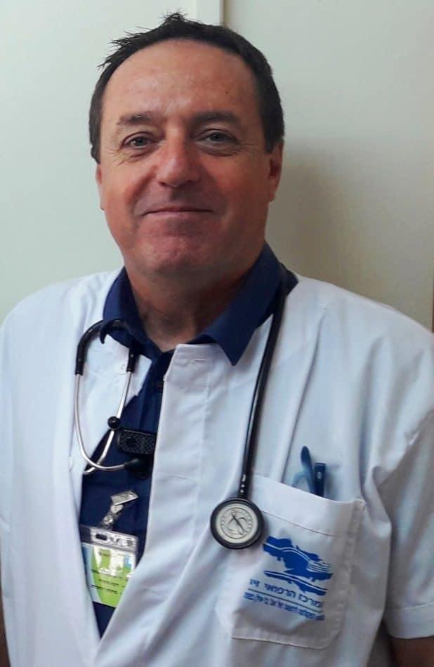 דר שמעון אדלשטיין יועץ לבקרת זיהומים ומחלות זיהומיות במרכז הרפואי זיו בצפת צילום המרכז הרפו