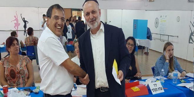 אלי בוסקילה בקלפי צילום: הבית היהודי חדרה