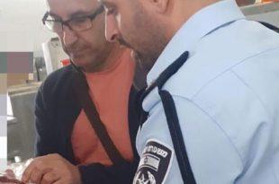 מחרימים את הבשר החשוד (צילום דוברות המשטרה)