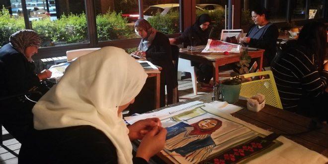 מתוך מפגש עם הנשים בחנוכה. צילום: ענת אור מגל