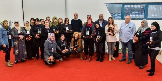 נשות המיזם עם משה דוידוביץ, גלי רז, לירון שוסטרמן ולדועא סוידאן   צילום: RITVO PHOTOGRAPHY