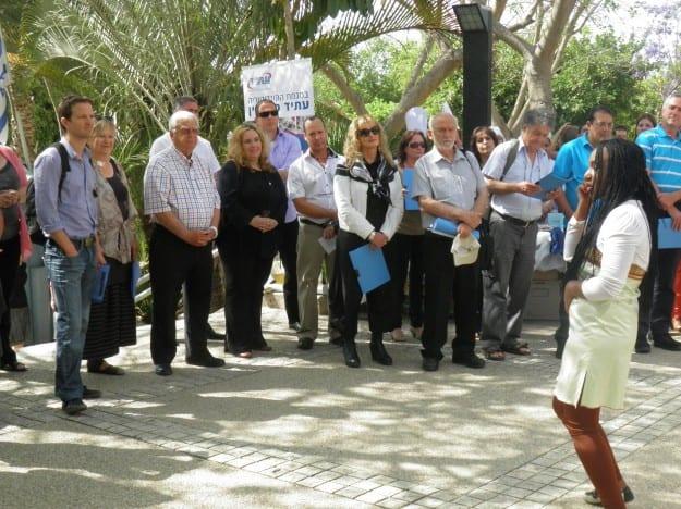 ועדת הפרס בביקור במוצקין