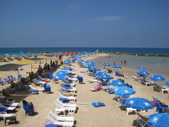 חוף סירונית