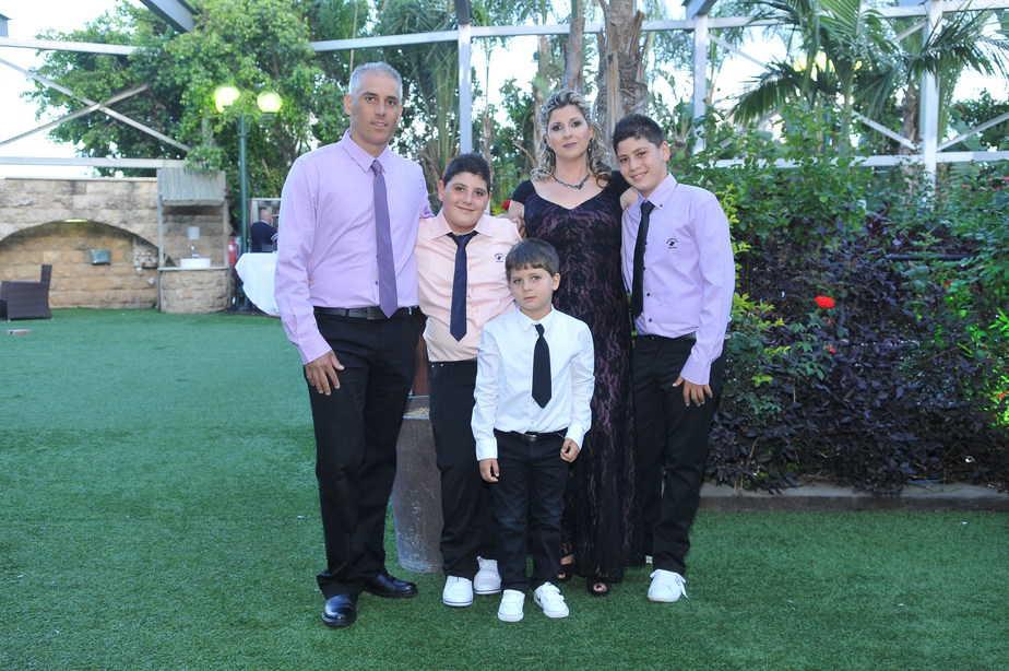 אופק סיטבון ובני משפחתו