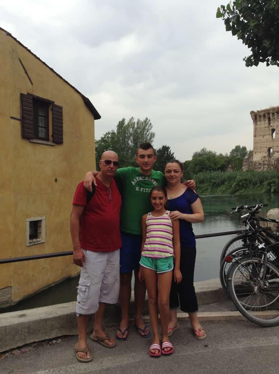 משפחת אטיאס