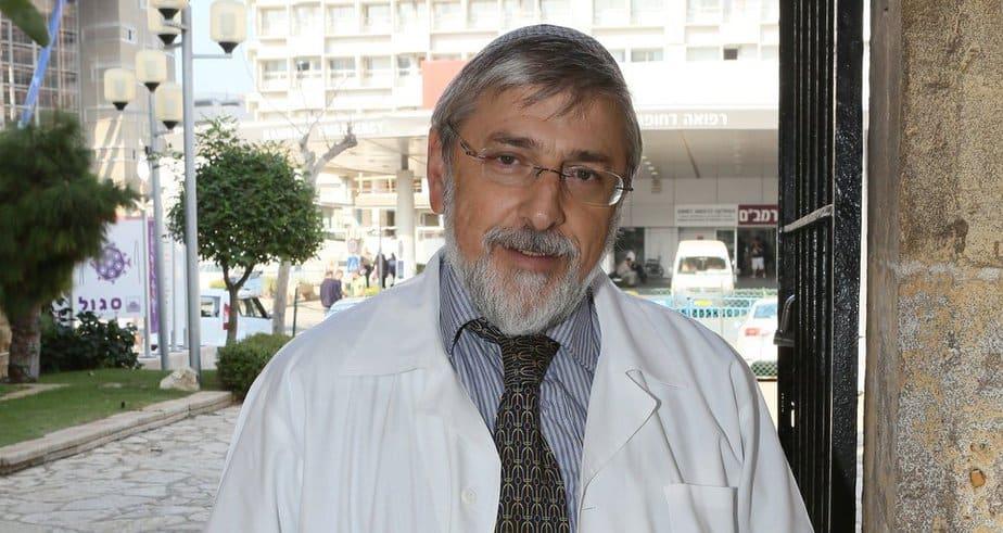 """ד""""ר צבי דוולצקי (צילום: פיוטר פליטר)"""