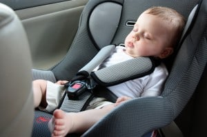 תינוק ברכב
