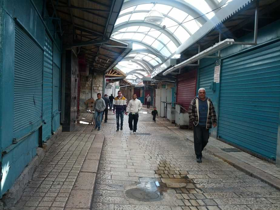 עיר סגורה. עכו העתיקה לאחר קריסת הבניין