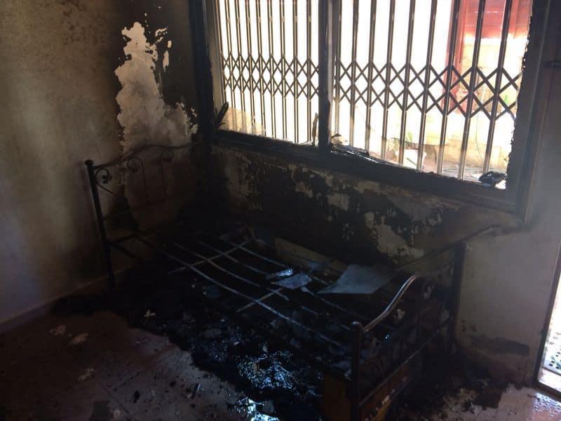 הדירה שנשרפה בחיפה (צילום: כיבוי אש מחוז חוף)