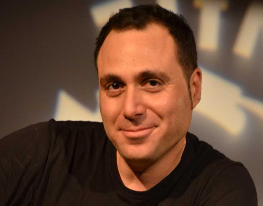 הסופר אייל עמית (צילום: יפעת ירושלמי)