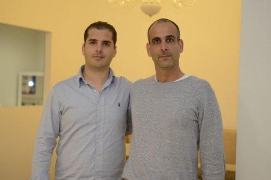 תומר בן ומנכל ביג קריות טל יבין (צילום: עידן חן)