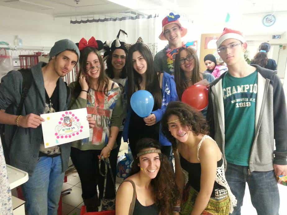 הנוער החיפאי חוגג פורים (צילום באדיבות רשות הנוער והצעירים חיפה)