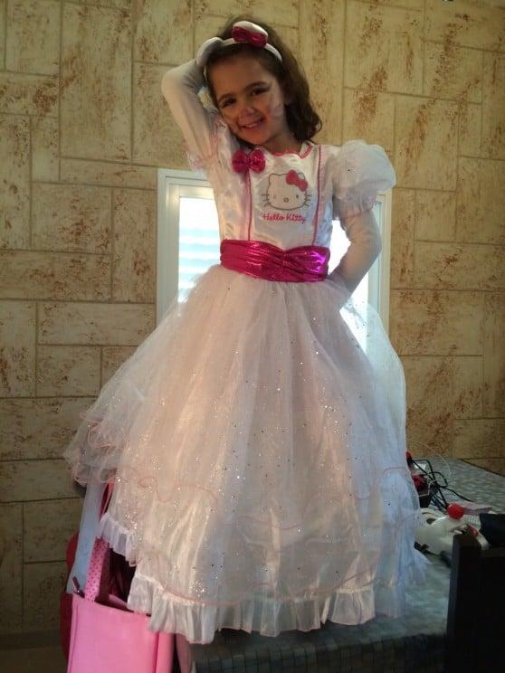 מאיה לוי בת 5  מקרית ביאליק התחפשה לנסיכה קיטי