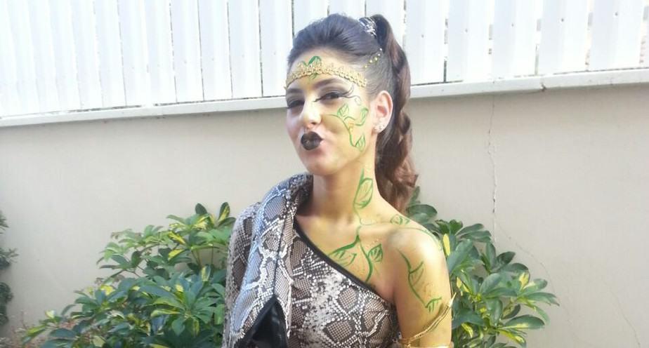 ליאור זינגר, בת 15, כיתה ט', חטיבת הביניים דפנה קרית ביאליק צילום: רונית זינגר