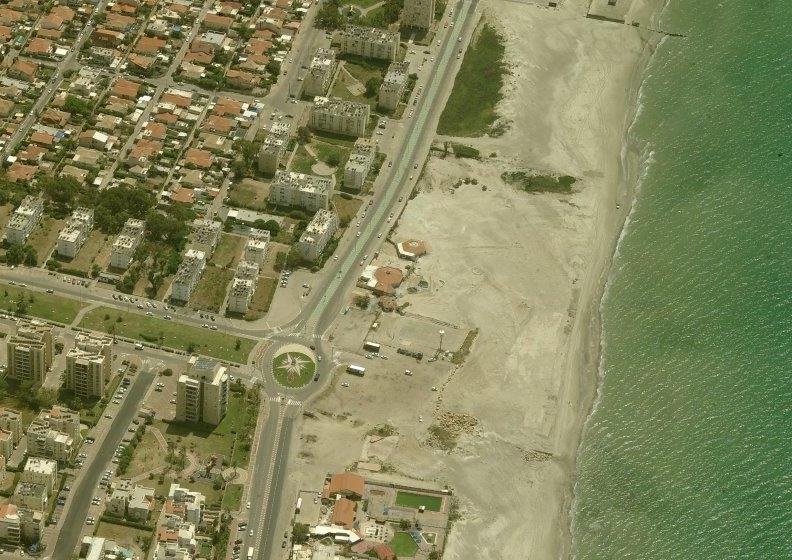 פונה סופית. חוף כאן (צילום: רשות מקרקעי ישראל)