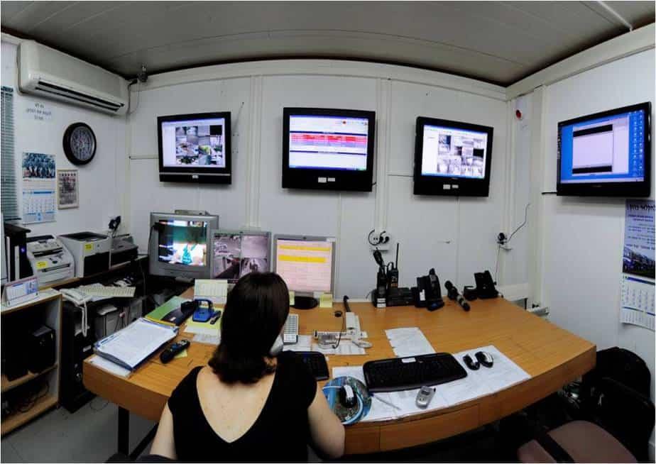 אפליקצית מוסקיטר שמופעלת בחוף הכרמל (צילום: דוברות המועצה)