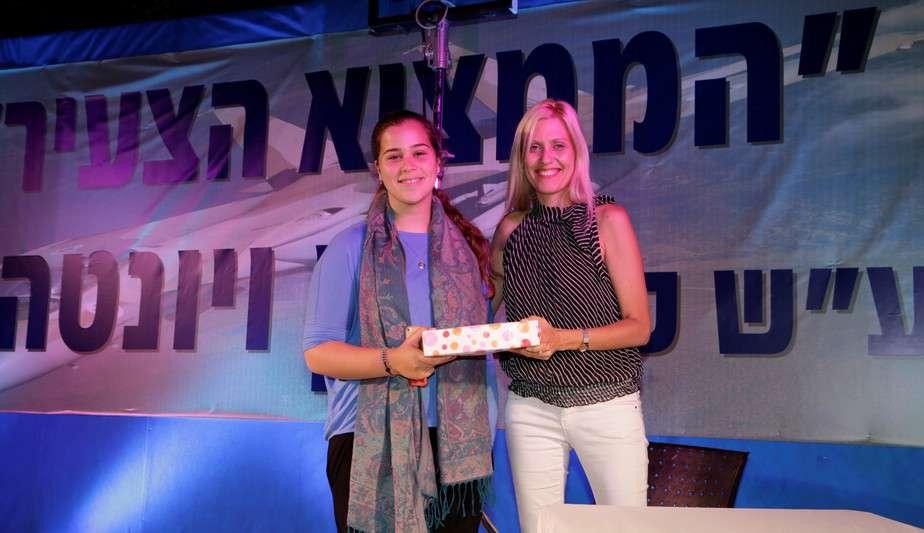 הזוכה במקום השני עמית גולדברג ושי לי טרסר נויהאוז (צילום: פז בר)