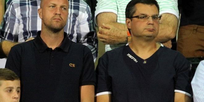 ג'ורדי קרויף (משמאל) אסף רביץ אוניברסלי (צילום: איסור רביץ)