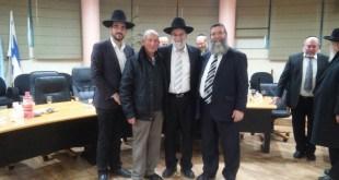הרב מאיר סייג במעמד בחירתו (צילום: עיריית מעלות תרשיחא)