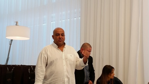 יקי בריגה במסיבת עיתונאים (צילום: רותי ברמן)