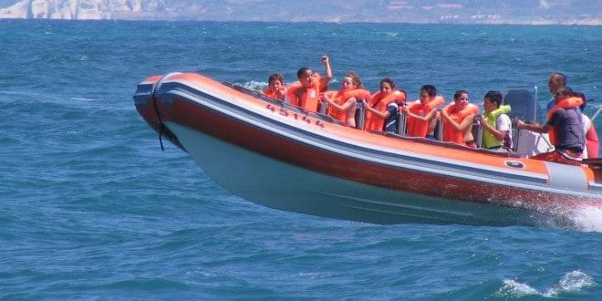 שיט בסירת טורנדו(צילום: באדיבות אוצרות הגליל)