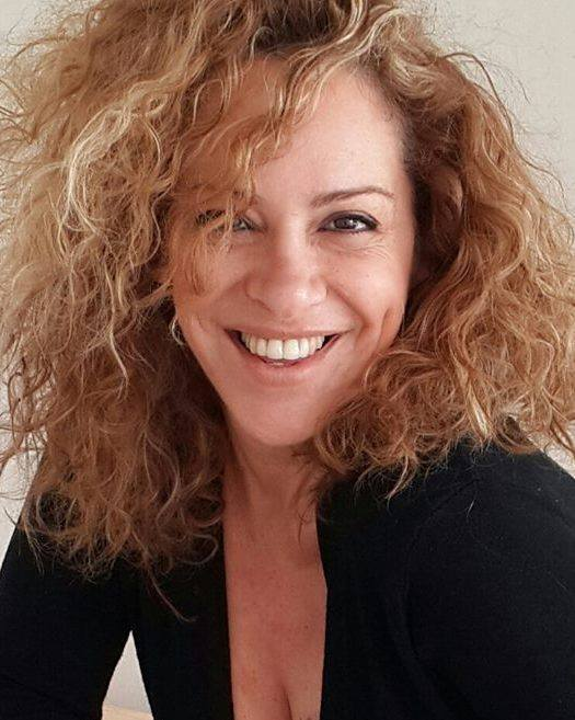 דפנה גיל (צילום: פרטי)