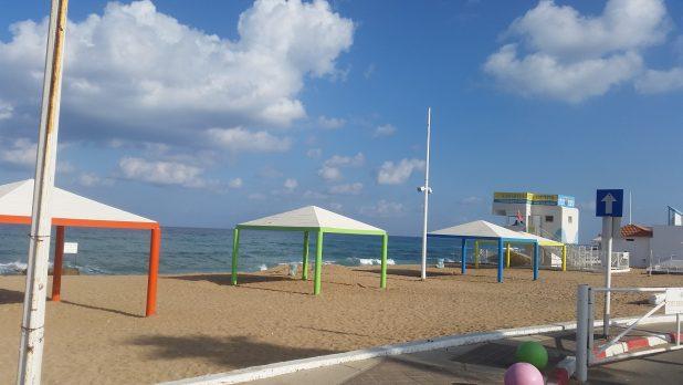 חוף סוקולוב (צילום: רותם כבסה)